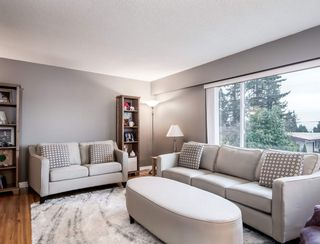 Photo 3: 1654 OUGHTON Drive in Port Coquitlam: Mary Hill House for sale : MLS®# R2571454