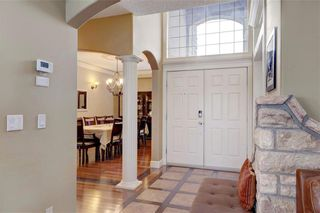 Photo 3: 115 WESTRIDGE Crescent SW in Calgary: West Springs Detached for sale : MLS®# C4226155
