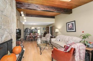 Photo 7: 5447 - 5449 NORFOLK Street in Burnaby: Central BN Duplex for sale (Burnaby North)  : MLS®# R2400681