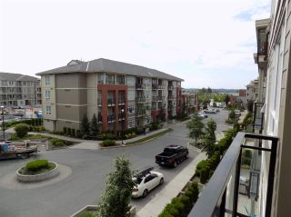 "Photo 9: C325 20211 66 Avenue in Langley: Willoughby Heights Condo for sale in ""ELEMENTS"" : MLS®# R2273080"