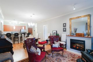 """Photo 5: 415 14 E ROYAL Avenue in New Westminster: Fraserview NW Condo for sale in """"VICTORIA HILL"""" : MLS®# R2320598"""