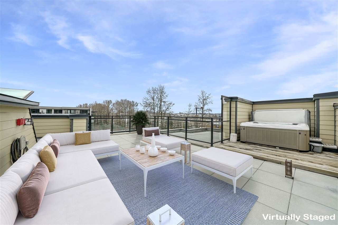 360 view, Jacuzzi, private & access from your own unit. Virtually staged