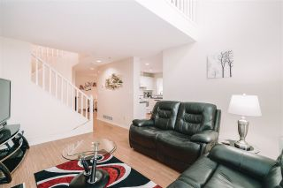 """Photo 16: 42 1370 RIVERWOOD Gate in Port Coquitlam: Riverwood Townhouse for sale in """"Addington Gate"""" : MLS®# R2535140"""