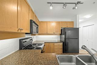 """Photo 10: 505 997 W 22ND Avenue in Vancouver: Cambie Condo for sale in """"The Crescent in Shaughnessy"""" (Vancouver West)  : MLS®# R2579625"""