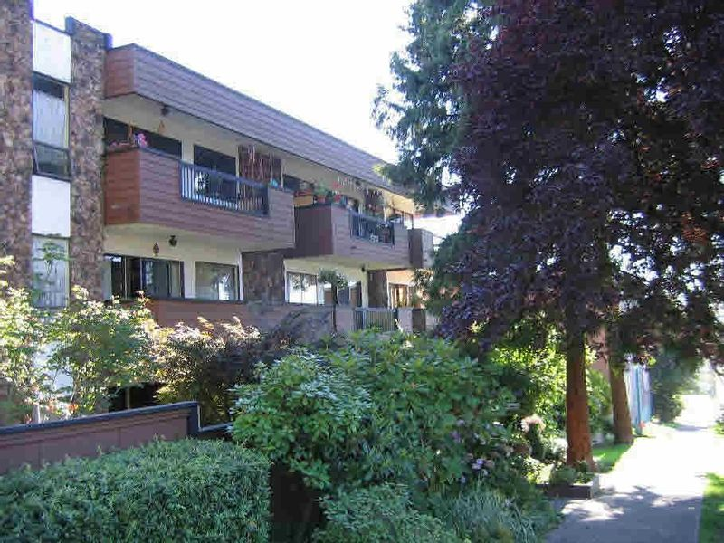FEATURED LISTING: 203 - 1484 CHARLES Street Vancouver