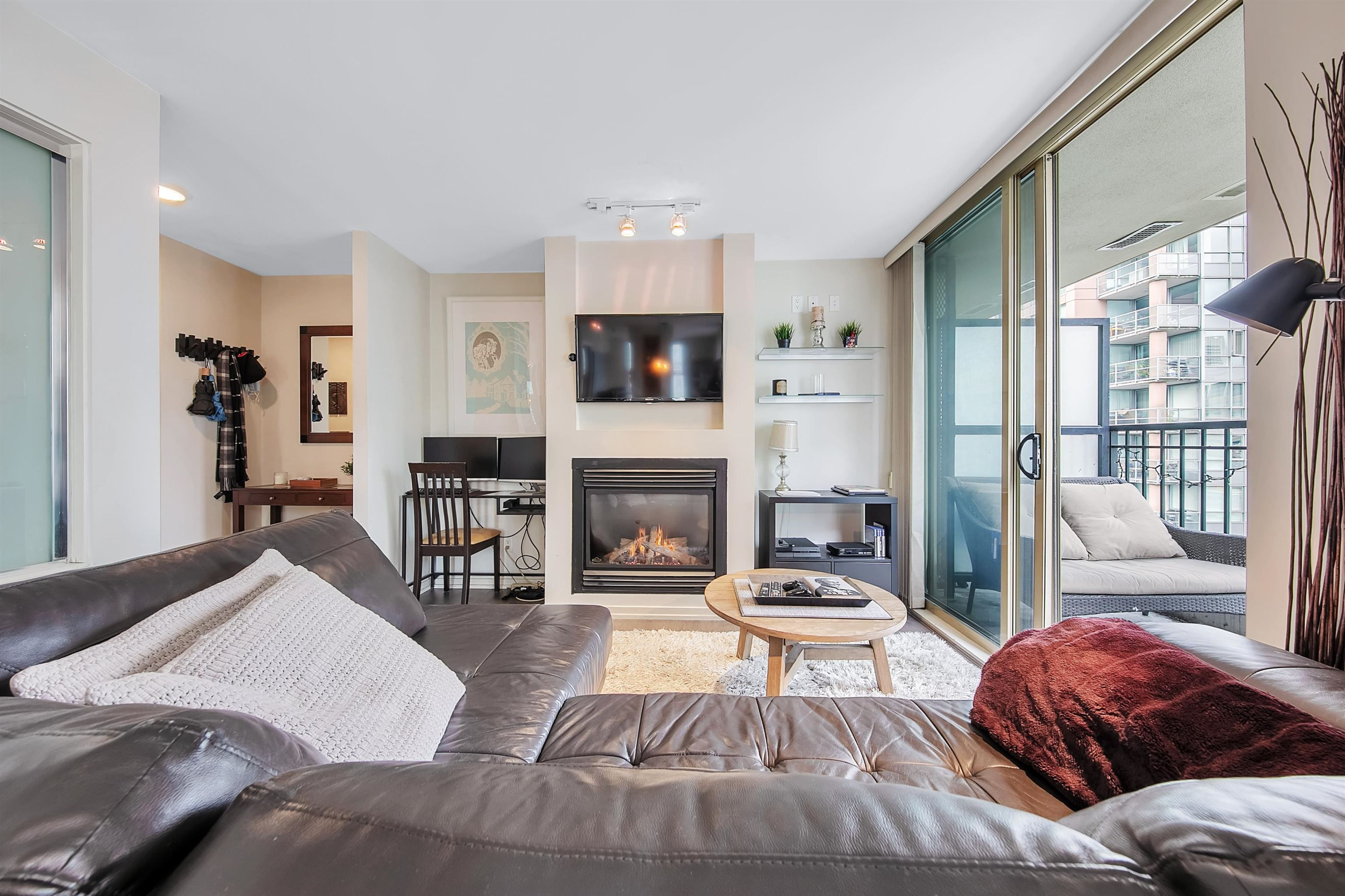 Main Photo: 1203 969 RICHARDS STREET in Vancouver: Downtown VW Condo for sale (Vancouver West)  : MLS®# R2614127