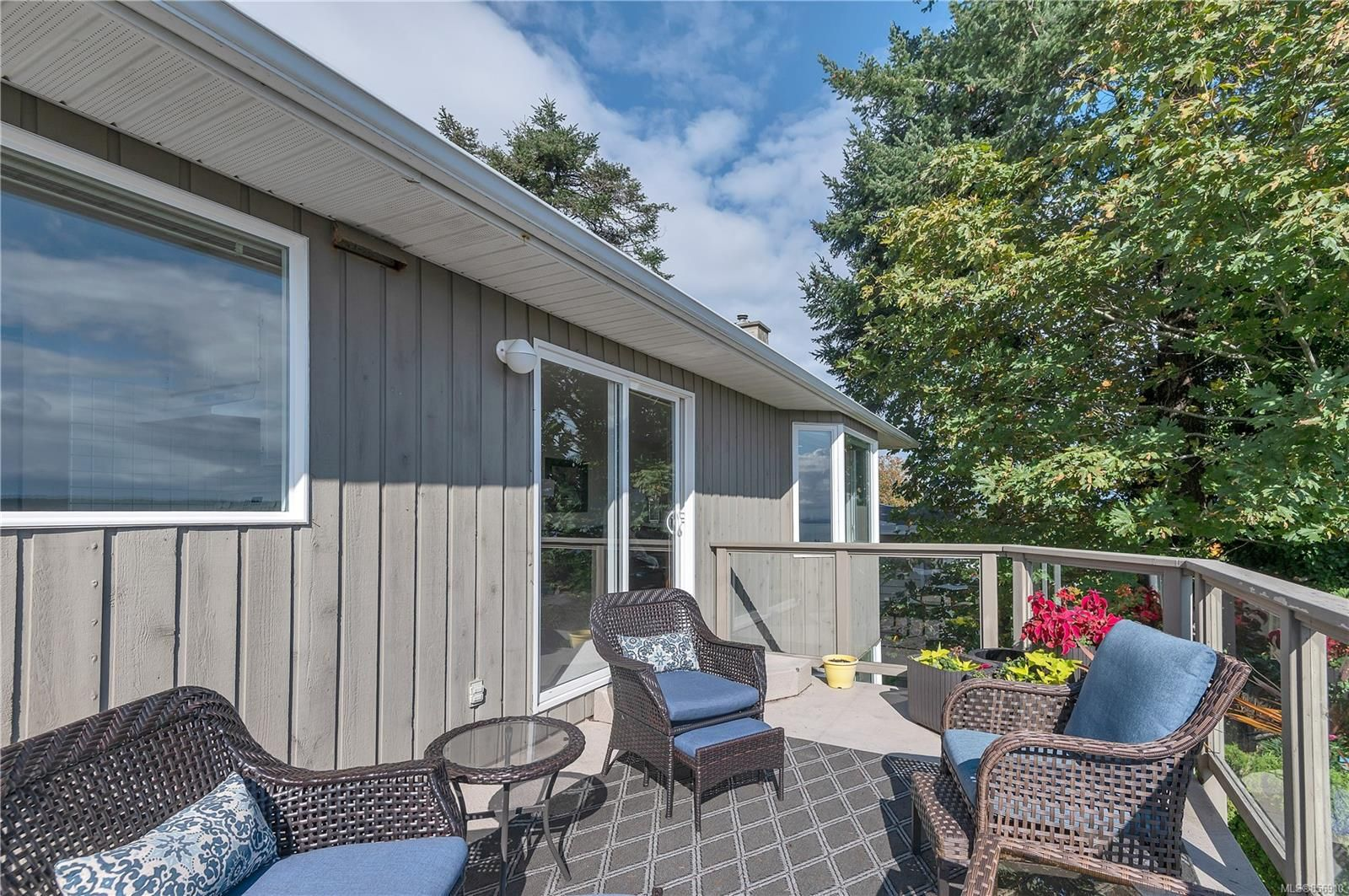 Photo 42: Photos: 215 S Alder St in : CR Campbell River Central House for sale (Campbell River)  : MLS®# 856910