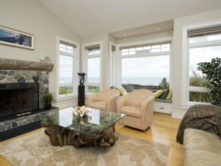 Photo 5: 954 SURFSIDE DRIVE in QUALICUM BEACH: PQ Qualicum Beach House for sale (Parksville/Qualicum)  : MLS®# 783341