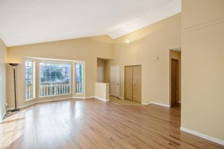 Photo 3: 24 Martinwood Mews NE in Calgary: Martindale Detached for sale : MLS®# A1066182