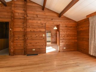 Photo 12: 1975 DOGWOOD DRIVE in COURTENAY: CV Courtenay City House for sale (Comox Valley)  : MLS®# 806549