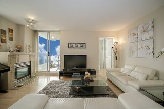 """Photo 3: 1405 7077 BERESFORD Street in Burnaby: Highgate Condo for sale in """"CITY CLUB ON THE PARK"""" (Burnaby South)  : MLS®# R2196464"""