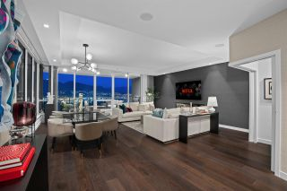 """Photo 3: 2501 620 CARDERO Street in Vancouver: Coal Harbour Condo for sale in """"Cardero"""" (Vancouver West)  : MLS®# R2565115"""