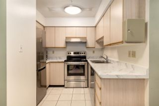 Photo 14: 302 1099 E BROADWAY in Vancouver: Mount Pleasant VE Condo for sale (Vancouver East)  : MLS®# R2578531