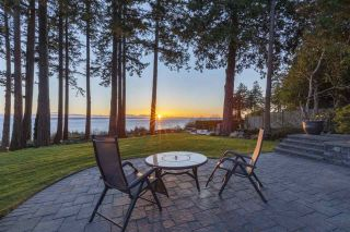 Photo 5: 1961 OCEAN PARK Road in Surrey: Crescent Bch Ocean Pk. House for sale (South Surrey White Rock)  : MLS®# R2559309