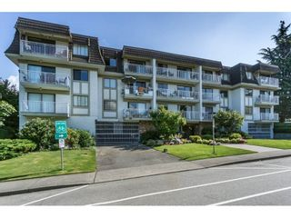 """Photo 2: 305 306 W 1ST Street in North Vancouver: Lower Lonsdale Condo for sale in """"LA VIVA PLACE"""" : MLS®# R2097967"""