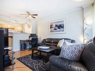 """Photo 3: 109 950 DRAKE Street in Vancouver: Downtown VW Condo for sale in """"ANCHOR POINT"""" (Vancouver West)  : MLS®# R2401708"""