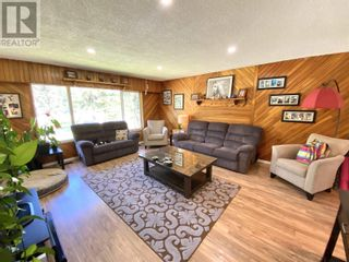 Photo 13: 3302 RED BLUFF ROAD in Quesnel: House for sale : MLS®# R2595855
