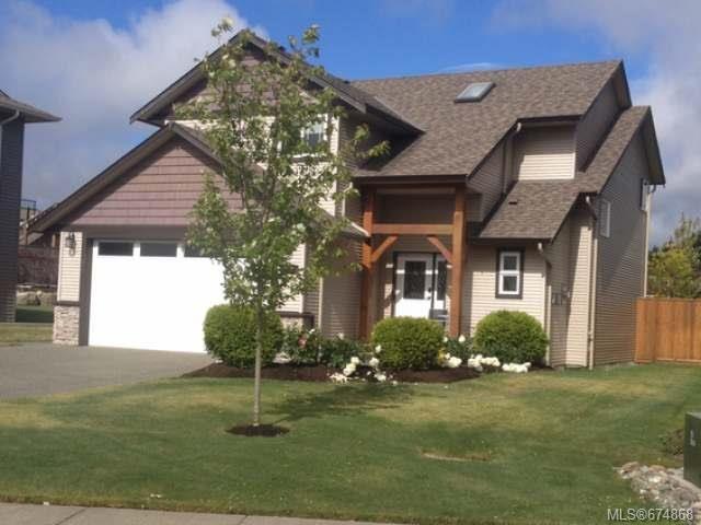 Main Photo: 649 HORNET Way in COMOX: CV Comox (Town of) House for sale (Comox Valley)  : MLS®# 674868