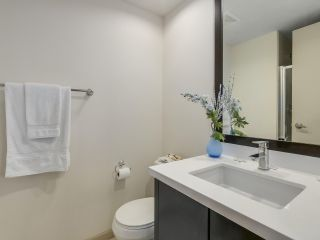 """Photo 15: 408 7368 SANDBORNE Avenue in Burnaby: South Slope Condo for sale in """"MAYFAIR 1"""" (Burnaby South)  : MLS®# R2380990"""