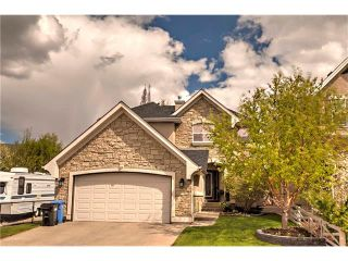 Photo 2: 10 CRANLEIGH Gardens SE in Calgary: Cranston House for sale : MLS®# C4117573