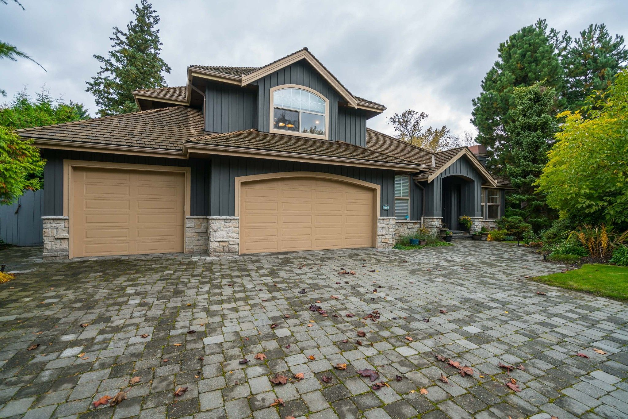 """Main Photo: 2489 138 Street in Surrey: Elgin Chantrell House for sale in """"PENINSULA PARK"""" (South Surrey White Rock)  : MLS®# R2414226"""
