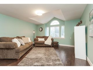 """Photo 17: 20825 43 Avenue in Langley: Brookswood Langley House for sale in """"Cedar Ridge"""" : MLS®# R2423008"""