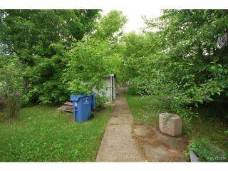 Photo 16: 127 Des Meurons Street in WINNIPEG: St Boniface Residential for sale (South East Winnipeg)  : MLS®# 1516300