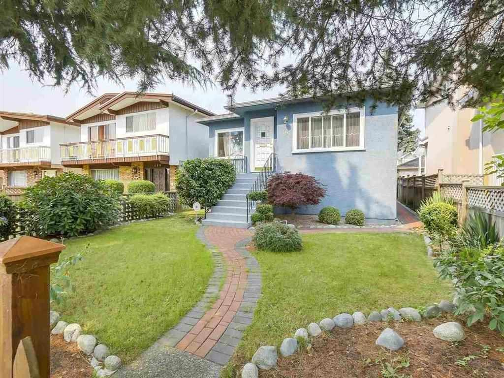 Main Photo: 165 E 55TH AVENUE in Vancouver: South Vancouver House for sale (Vancouver East)  : MLS®# R2297472