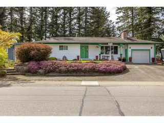 Photo 1: 3013 PRINCESS Street in Abbotsford: Central Abbotsford House for sale : MLS®# R2571706
