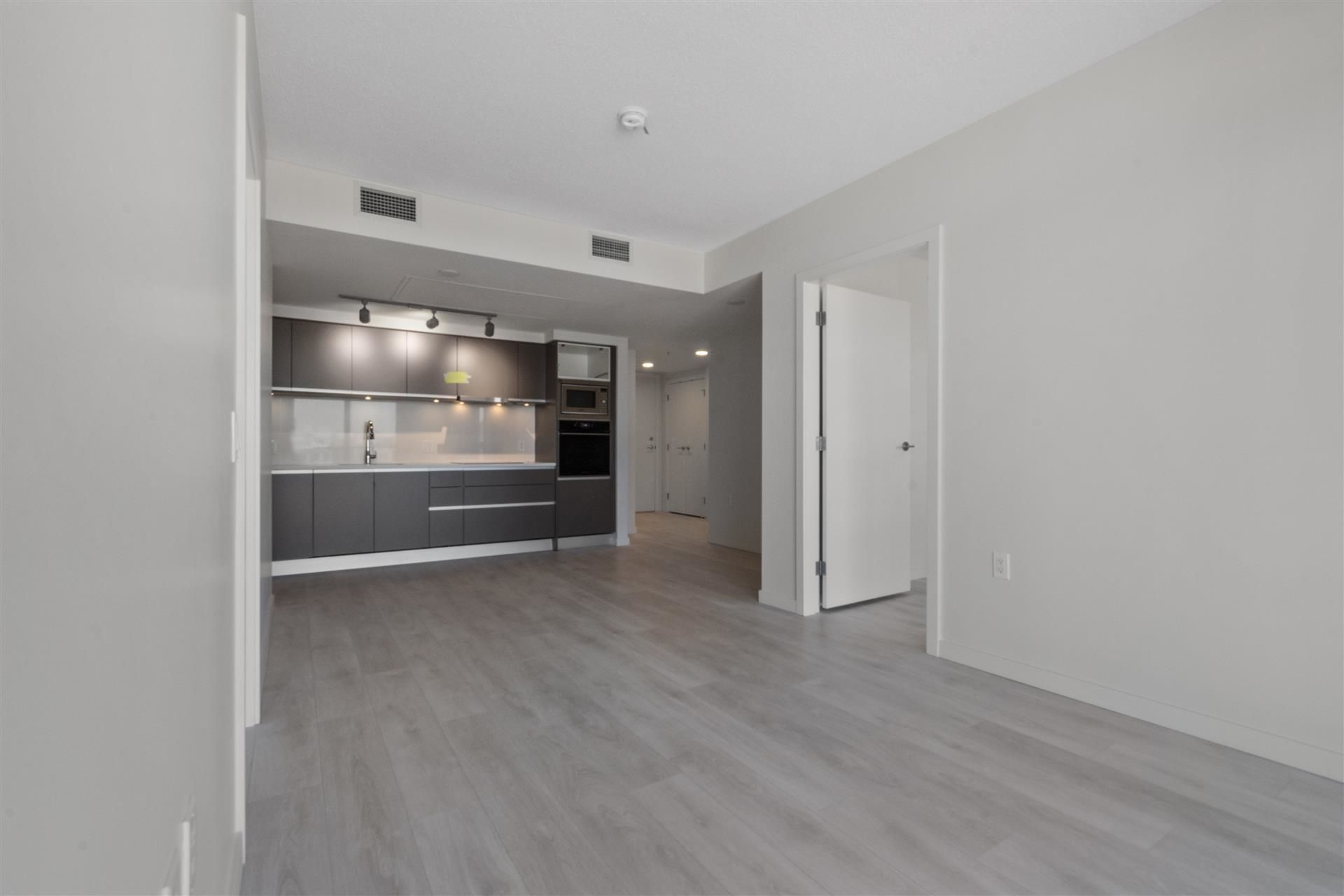 Main Photo: 1210 180 E 2ND Avenue in Vancouver: Mount Pleasant VE Condo for sale (Vancouver East)  : MLS®# R2600610