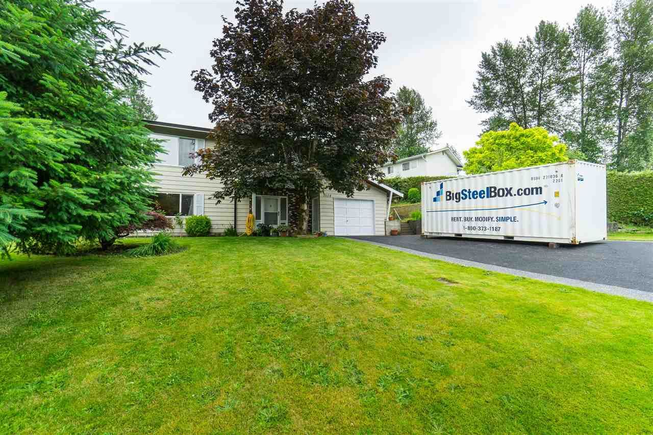 Photo 6: Photos: 3124 BABICH Street in Abbotsford: Central Abbotsford House for sale : MLS®# R2480951