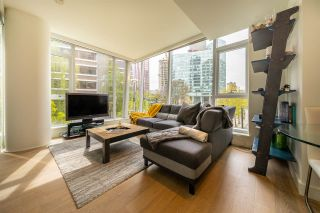 "Photo 2: 303 1499 W PENDER Street in Vancouver: Coal Harbour Condo for sale in ""WEST PENDER PLACE"" (Vancouver West)  : MLS®# R2571095"
