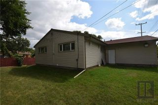 Photo 2: 259 Bruce Avenue in Winnipeg: Silver Heights Residential for sale (5F)  : MLS®# 1825140