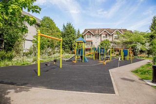 """Photo 7: 61 6747 203 Street in Langley: Willoughby Heights Townhouse for sale in """"SAGEBROOK"""" : MLS®# R2454928"""
