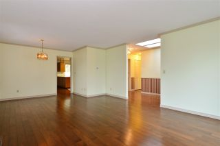 Photo 4: 1927 140A STREET in Surrey: Sunnyside Park Surrey House for sale (South Surrey White Rock)  : MLS®# R2342324