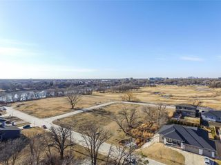 Photo 14: 155 Loganberg Drive in West St Paul: Whistler Hollow Residential for sale (4E)  : MLS®# 202105471