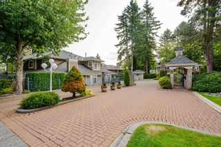 Photo 1: 92 2500 152 STREET in Surrey: Sunnyside Park Surrey Townhouse for sale (South Surrey White Rock)  : MLS®# R2598326