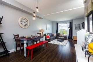 """Photo 3: 58 19433 68 Avenue in Surrey: Clayton Townhouse for sale in """"Grove"""" (Cloverdale)  : MLS®# R2272699"""