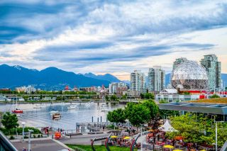 Main Photo: 402 1625 MANITOBA Street in Vancouver: False Creek Condo for sale (Vancouver West)  : MLS®# R2582135