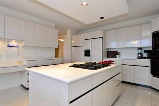 """Photo 8: 202 15050 PROSPECT Avenue: White Rock Condo for sale in """"The Contessa"""" (South Surrey White Rock)  : MLS®# R2323288"""