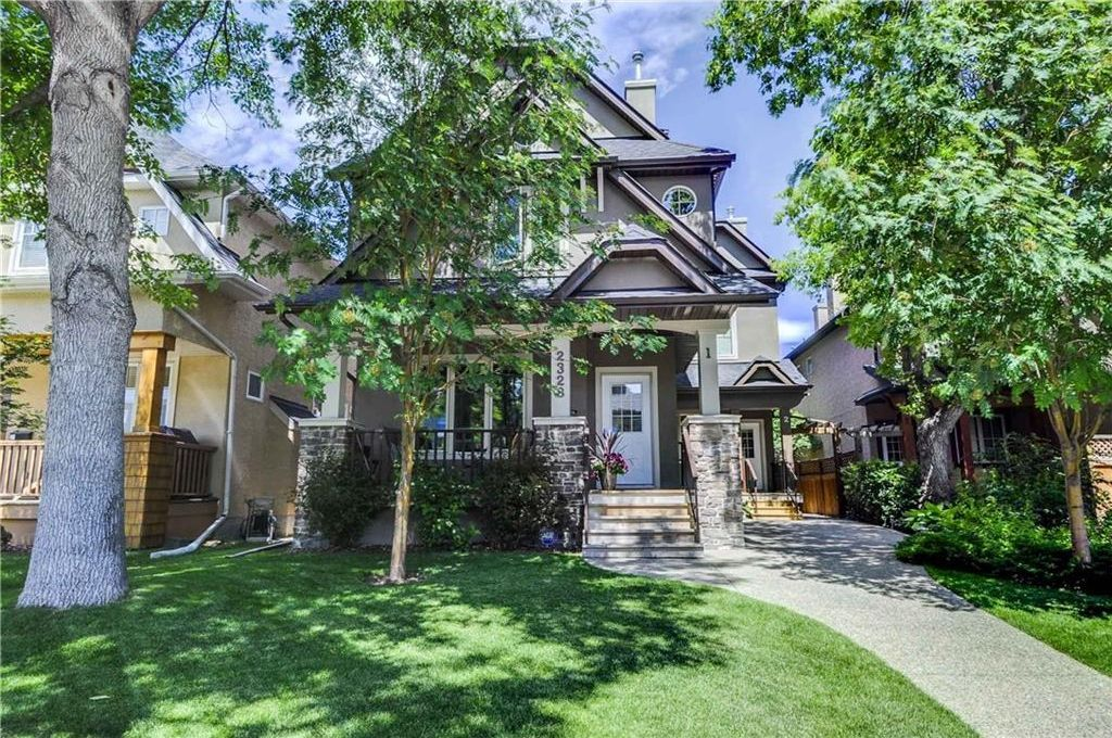 Photo 22: Photos: 2 2328 2 Avenue NW in Calgary: West Hillhurst House for sale : MLS®# C4160636