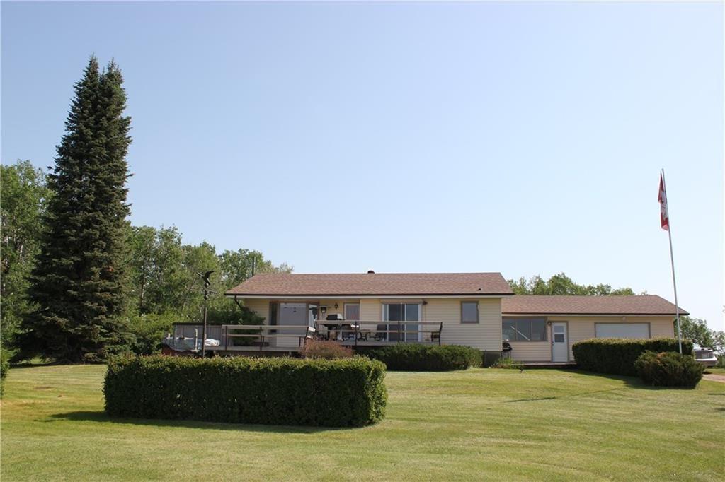 Main Photo: 39103 Highway 20: Sylvan Lake Detached for sale : MLS®# C4192272