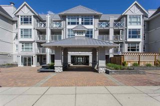 """Photo 17: 422 3122 ST JOHNS Street in Port Moody: Port Moody Centre Condo for sale in """"SONRISA"""" : MLS®# R2159286"""