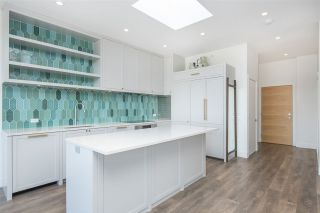 """Photo 8: 408 4355 W 10TH Avenue in Vancouver: Point Grey Condo for sale in """"Iron & Whyte"""" (Vancouver West)  : MLS®# R2462324"""