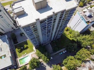 """Photo 27: 2001 1330 HARWOOD Street in Vancouver: West End VW Condo for sale in """"Westsea Towers"""" (Vancouver West)  : MLS®# R2481214"""