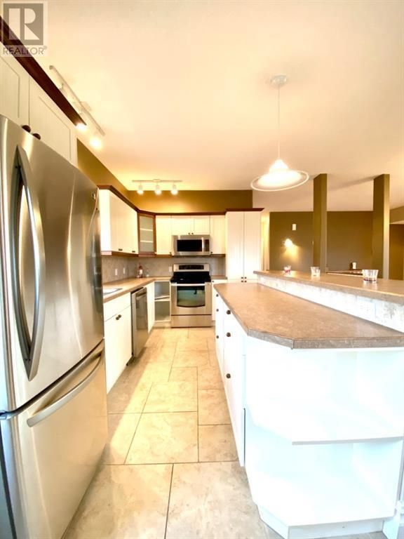 Photo 6: Photos: 4114 48 Avenue in Mayerthorpe: House for sale : MLS®# A1056463