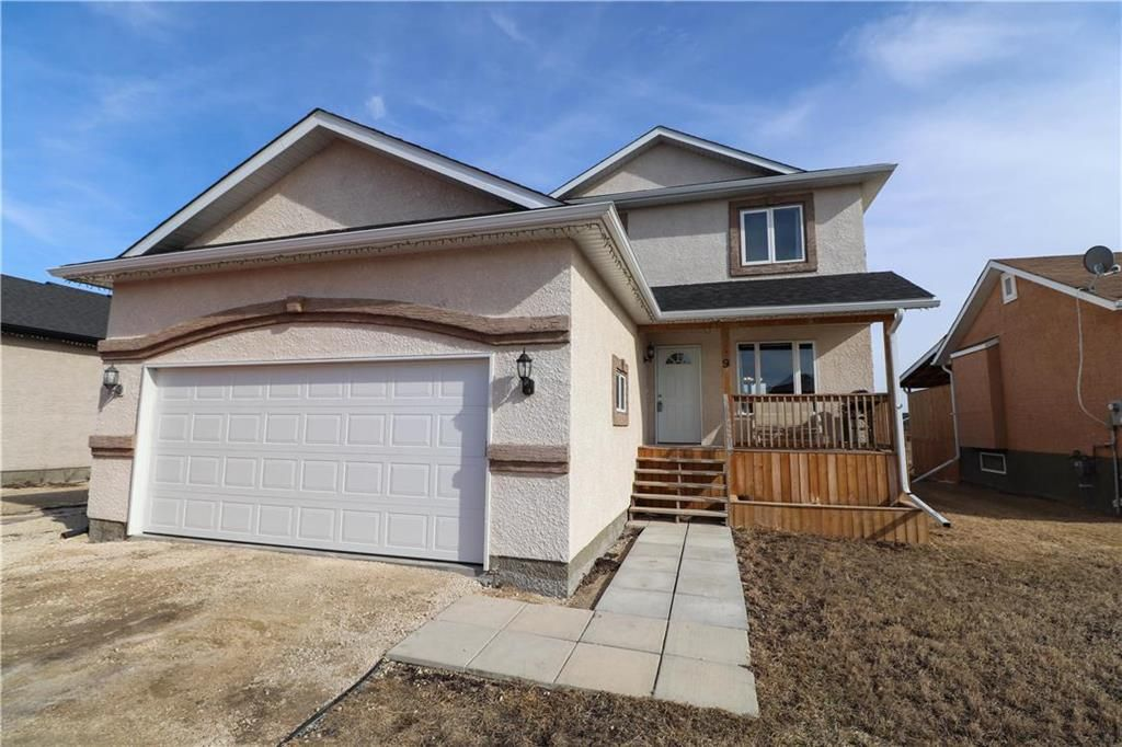 Main Photo: 9 GABOURY Place in Lorette: Serenity Trails Residential for sale (R05)  : MLS®# 202105646