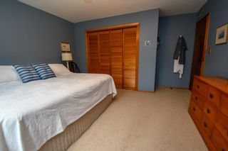 Photo 12: 141 Campbell Beach Road in Kawartha Lakes: Rural Carden House (1 1/2 Storey) for sale : MLS®# X4468019