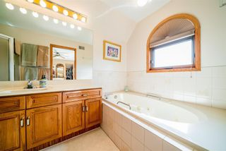 Photo 37: 2 DAVIS Place in St Andrews: House for sale : MLS®# 202121450