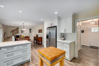 "Photo 3: 19774 47 Avenue in Langley: Langley City House for sale in ""MASON HEIGHTS"" : MLS®# R2562773"